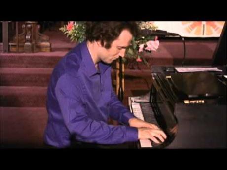 Pianist-Composer Chris Goslow
